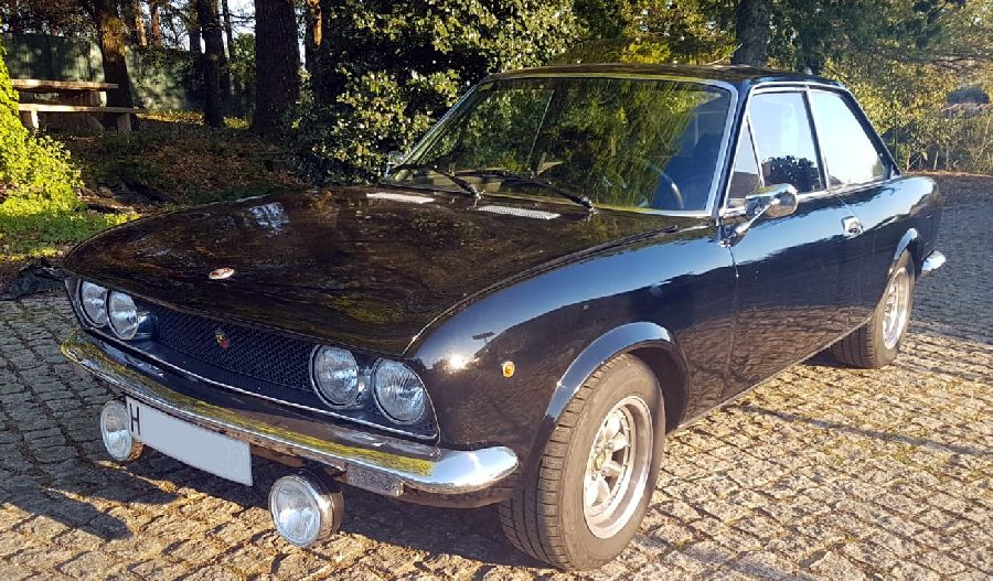 Fiat-124-Sport-Coupe-1971