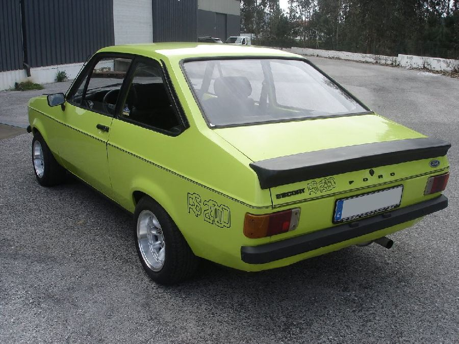 Ford-Escort-RS-2000-1972-1