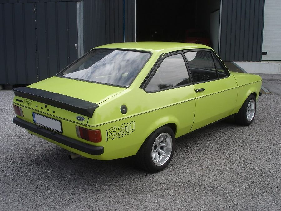 Ford-Escort-RS-2000-1972-2