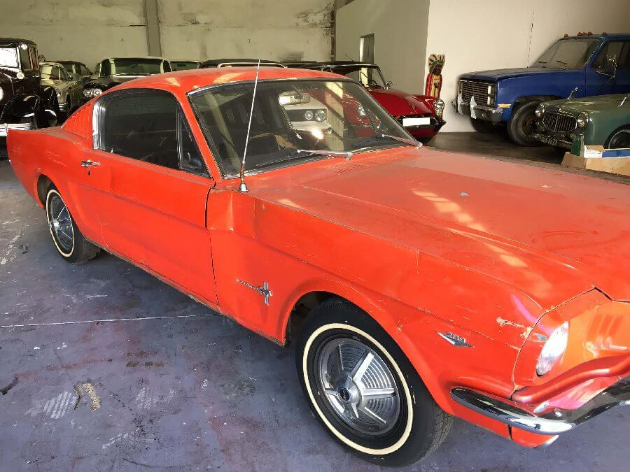 Ford-Mustang-Fastback-1965-6