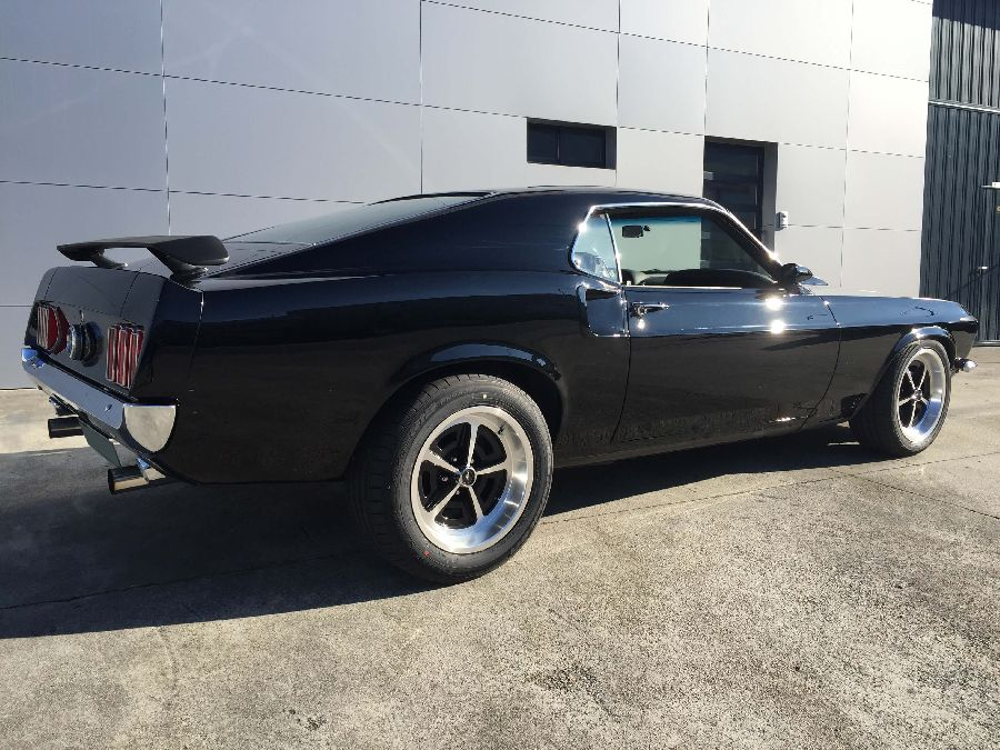 Ford-Mustang-Fastback-1969-9