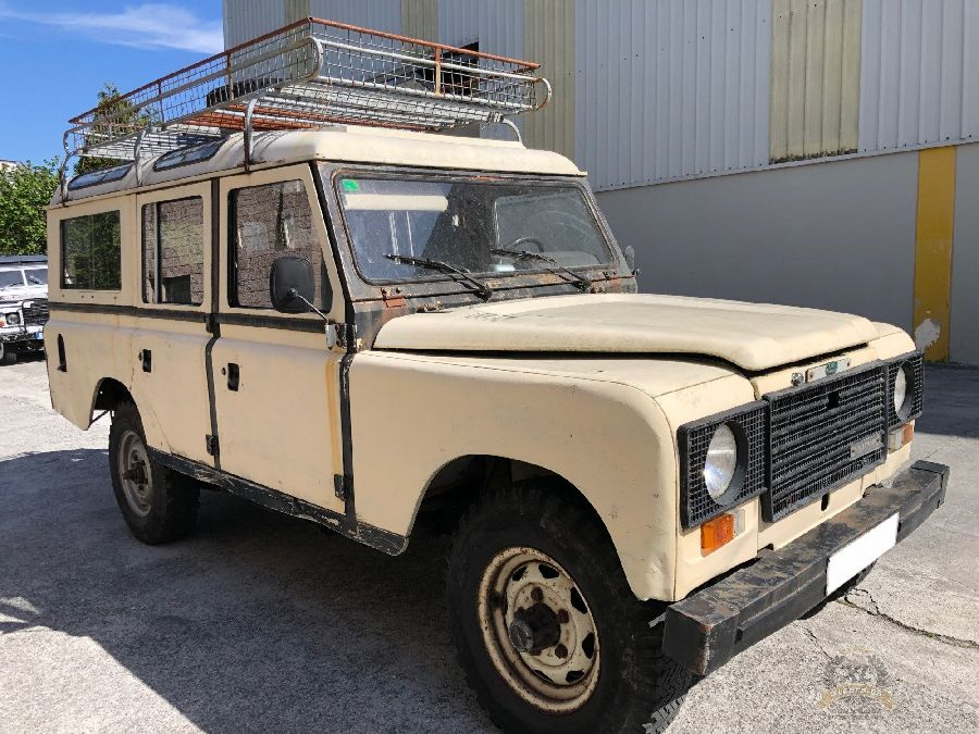 Land-Rover-Santana-109-Super-Turbo-1984