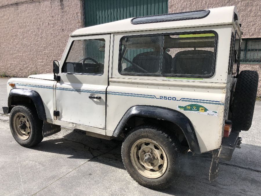 Land-Rover-Santana-2500-DC-Super-1988-4