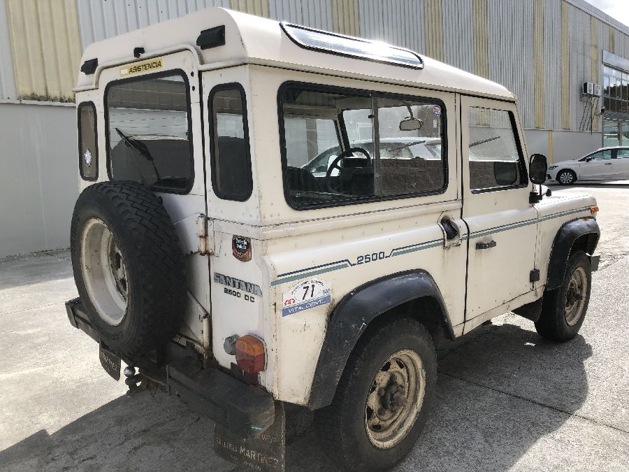 Land-Rover-Santana-2500-DC-Super-1988-5