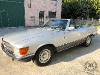 Mercedes-Benz-500-SL-1983