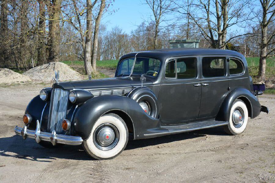 Packard-Super-Eight-1938